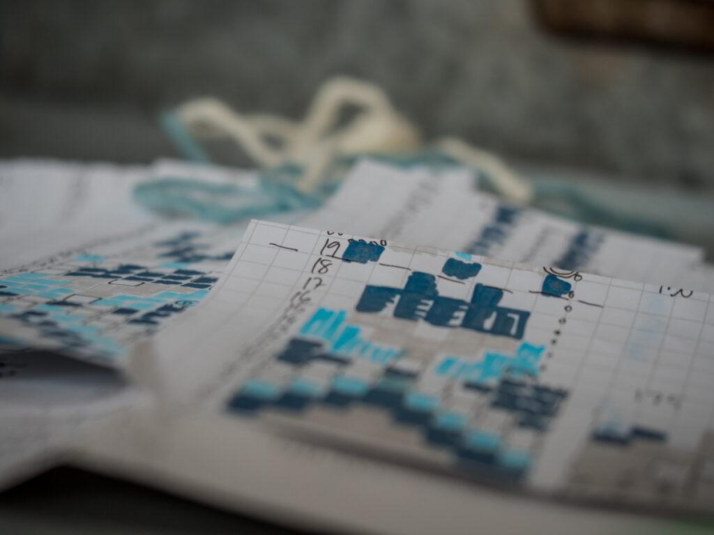 Islantilaisneule - mallikuvioita ruutupaperilla Kuva: Terhi Ilosaari